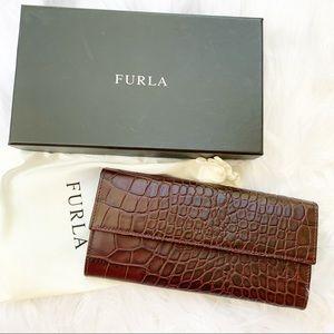 NWT Furla Crocodile Embossed Leather Bifold